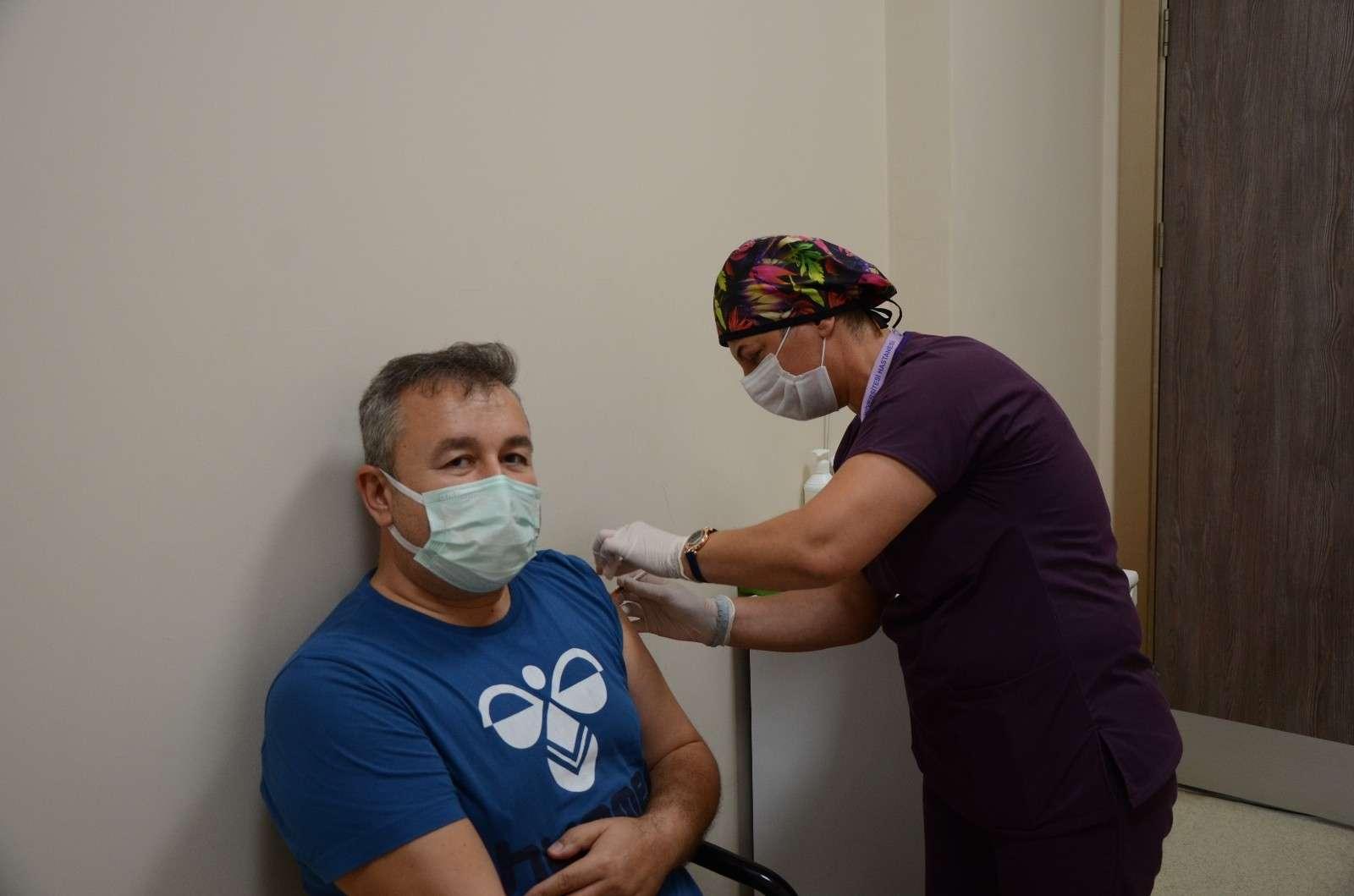 ADÜ'de Biontech aşısı yapılmaya başlandı